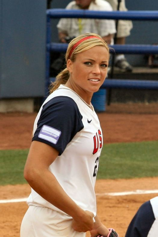Jennie_Finch_vs._China