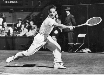 Bobby_Riggs_at_1939_Wimbledon_Championships